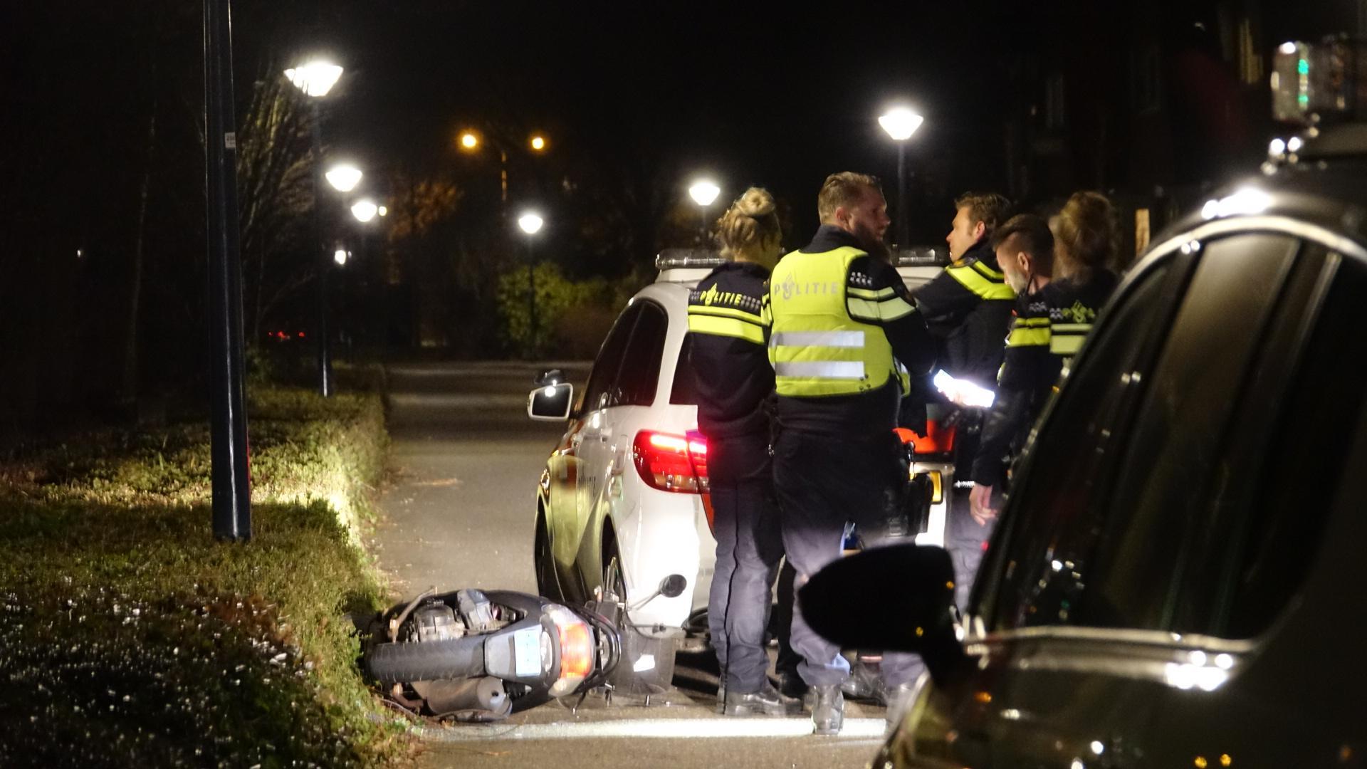 Scooterrijder klemgereden door politie na lange achtervolging in Hoorn