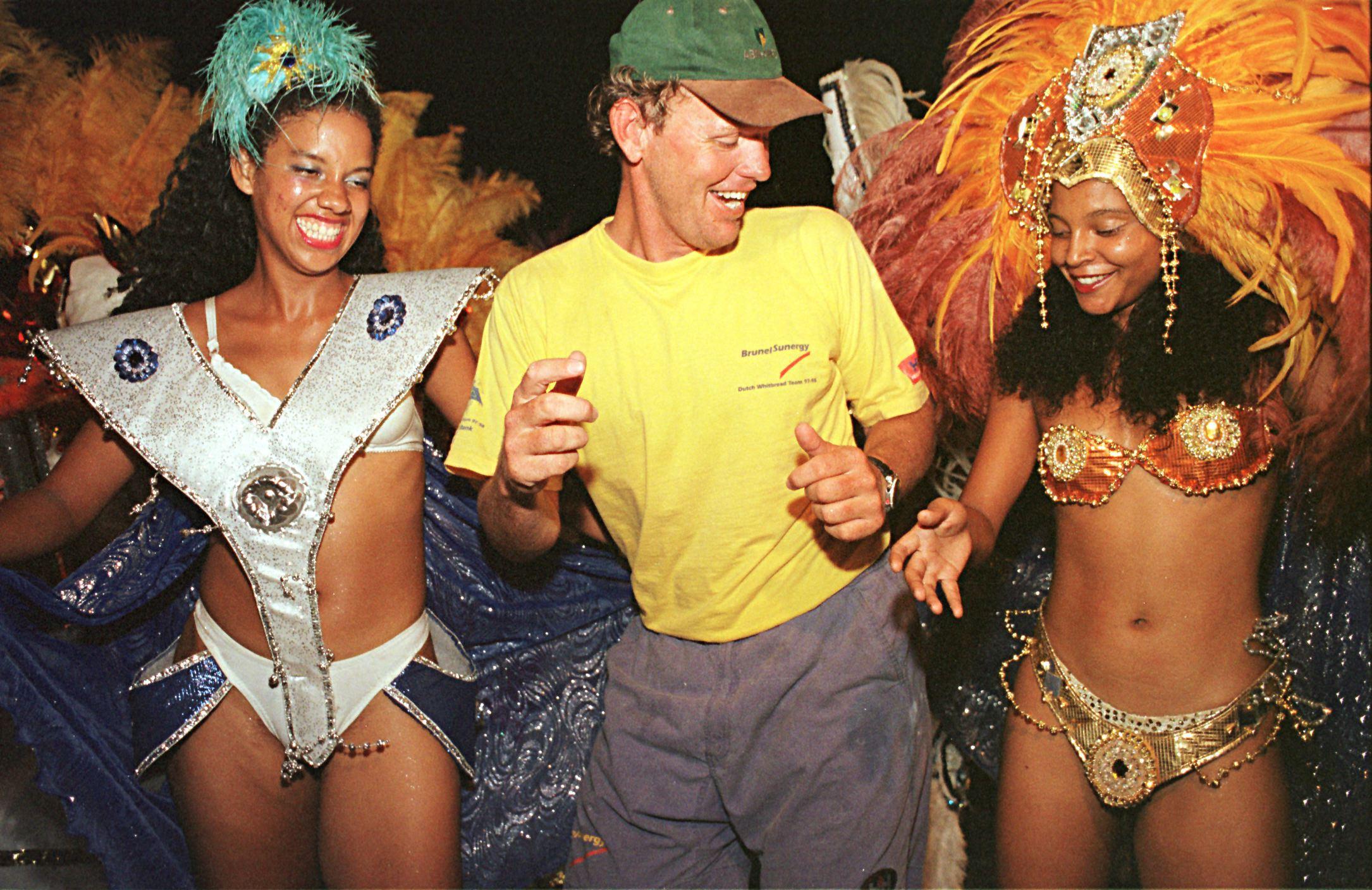 Vandaag op deze dag in 1998: Goedkoopste boot van 'Whitbread' na aanvaring met walvis lachtertje van de race om de wereld, maar met Heiner aan het stuur wint BrunelSunergy toch een etappe