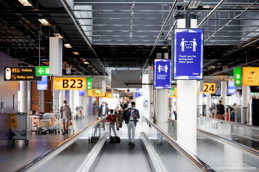 Reiziger moet negatieve test tonen bij aankomst in Nederland