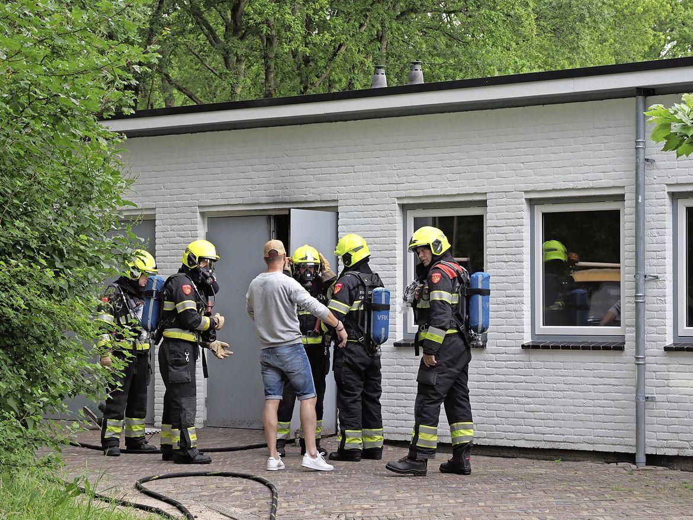Brand in werkplaats op Begraafplaats Duinhof in IJmuiden