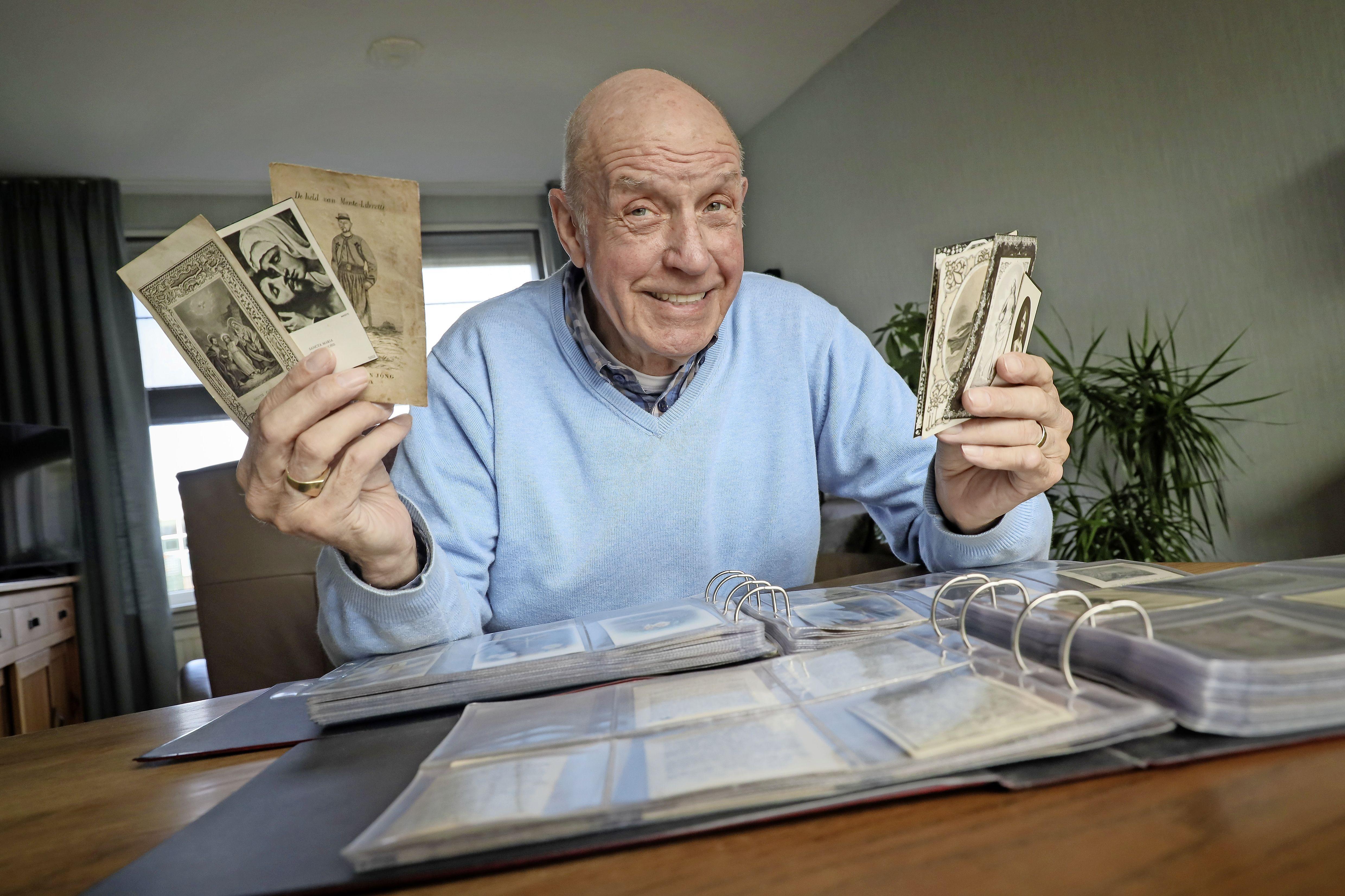 2500 doodsprentjes, maar Meindert Reus heeft nooit genoeg: 'Ik zit al jaren achter het bidprentje van mijn opa aan'
