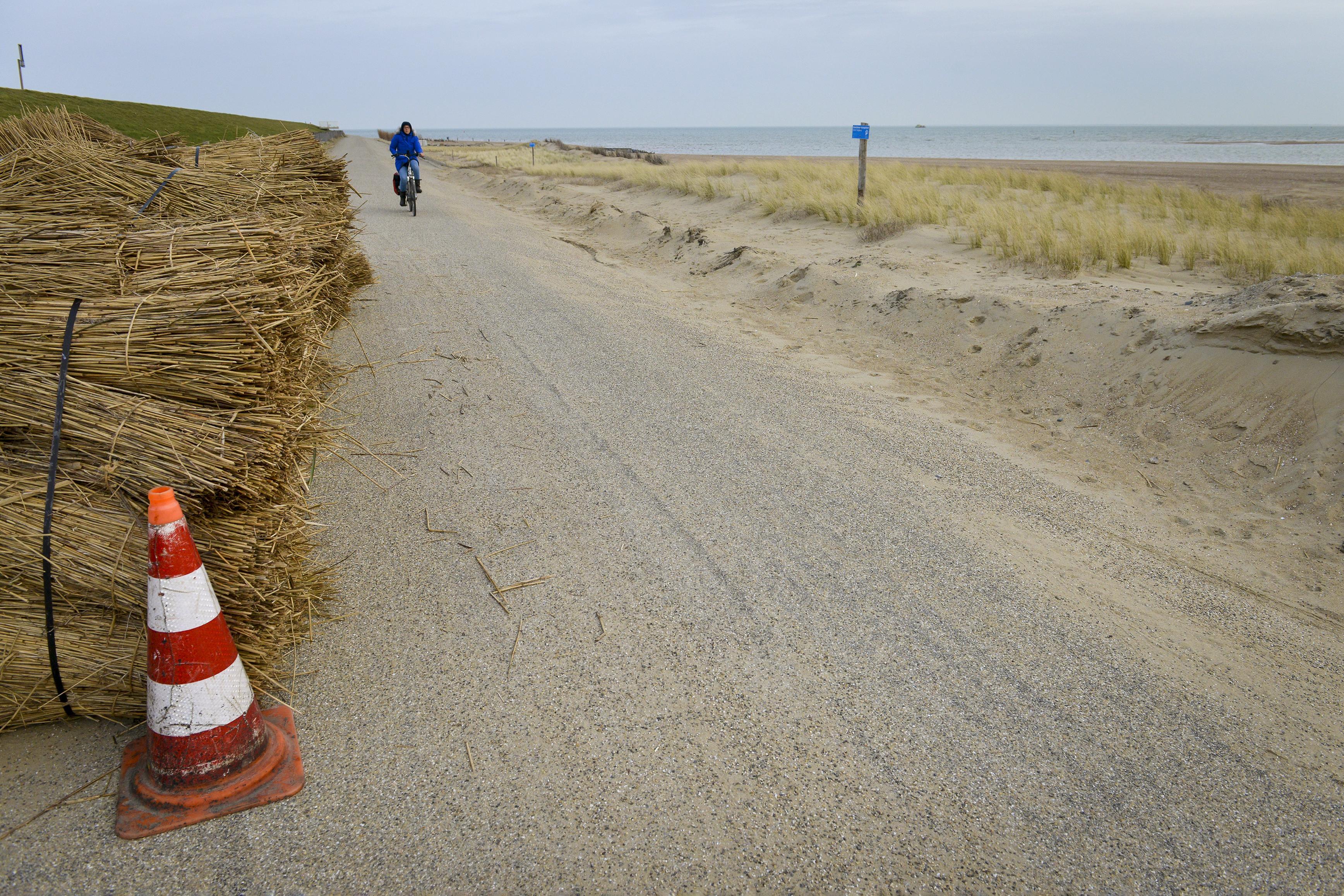 Hoogheemraadschap 'overvallen' door publicatie gemeente Texel over openstelling omstreden fietspad bij Ceres