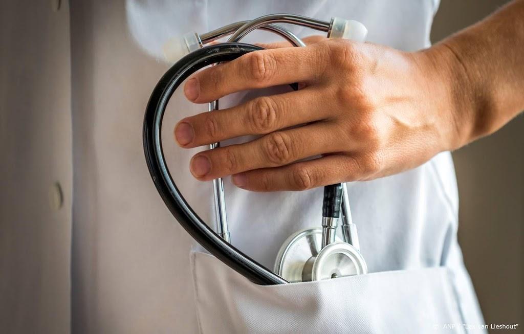 Helft jonge dokters overweegt weleens te stoppen