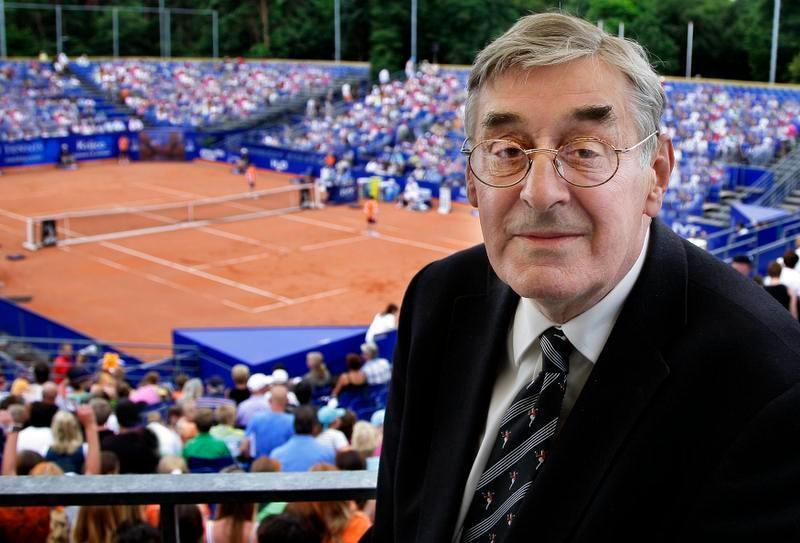 Oud-tennisser en Hilversummer Piet van Eijsden (85) overleden