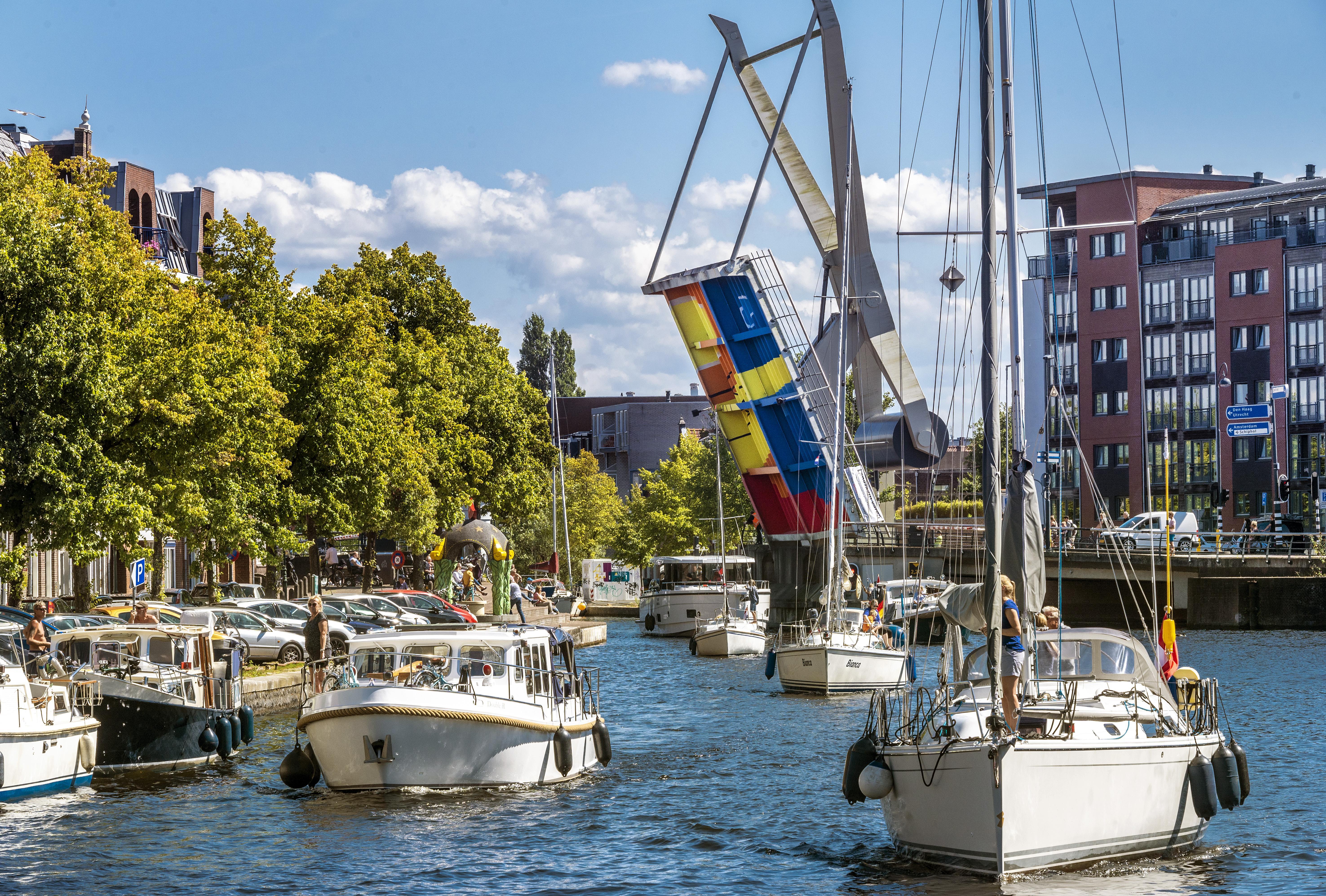 Hitte: de ene na andere brug in problemen in Haarlem