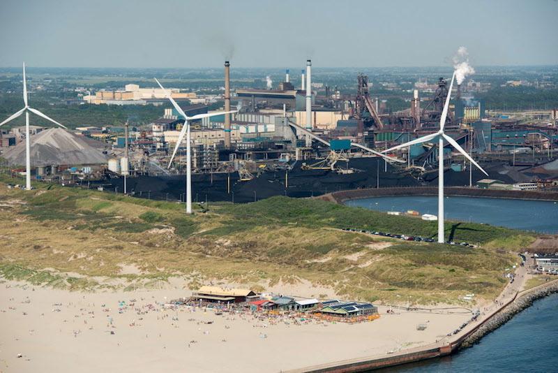 Provincie opent milieuloket in Wijk aan Zee voor betere controle op Tata Steel; inspecteurs kunnen direct op klachten omwonenden reageren