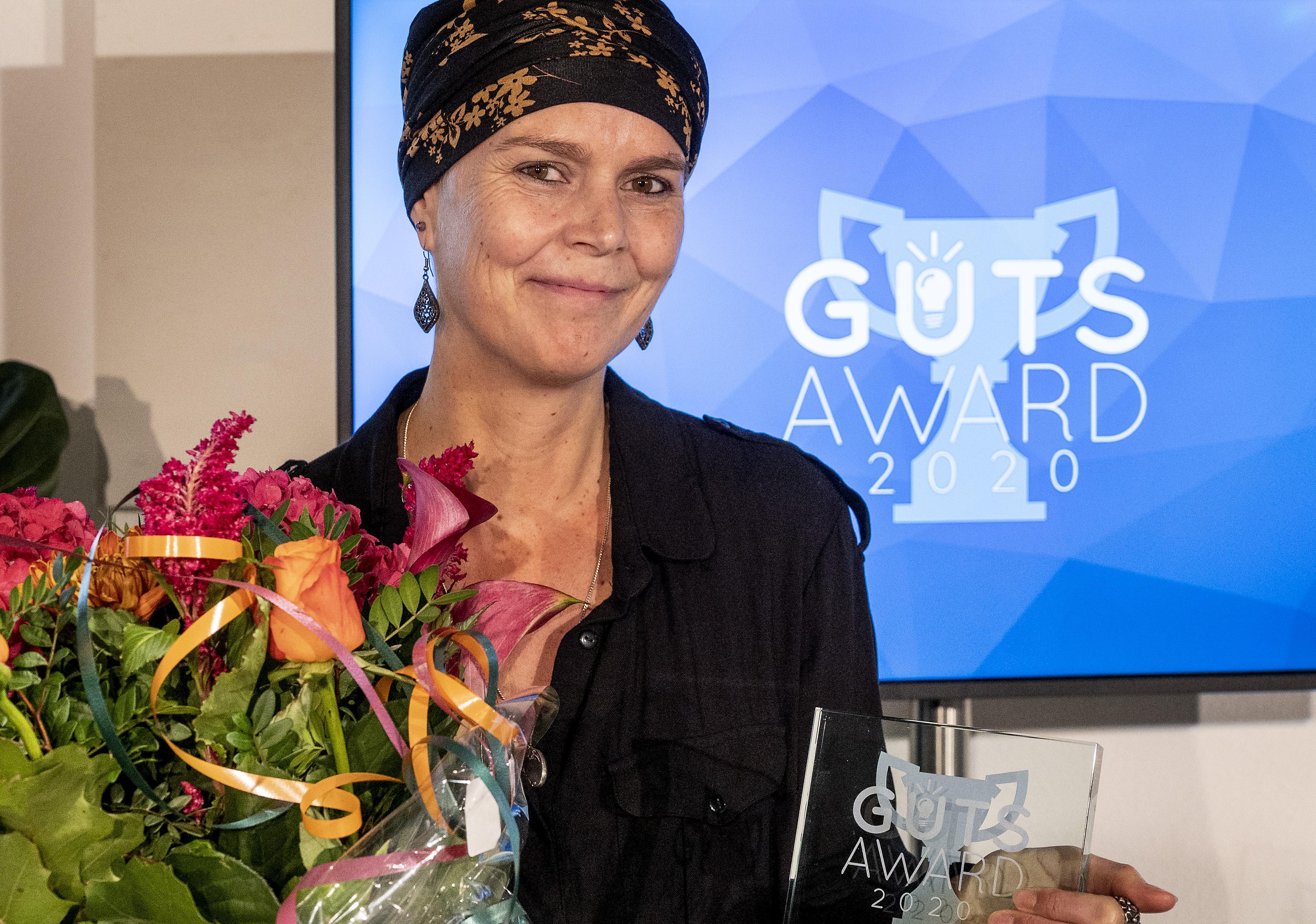 Beroepsfotograaf Martine Goulmy wint vijfde editie Guts Award, Vennepse krijgt meeste stemmen van vijftien genomineerde 'lefgozerinnen'