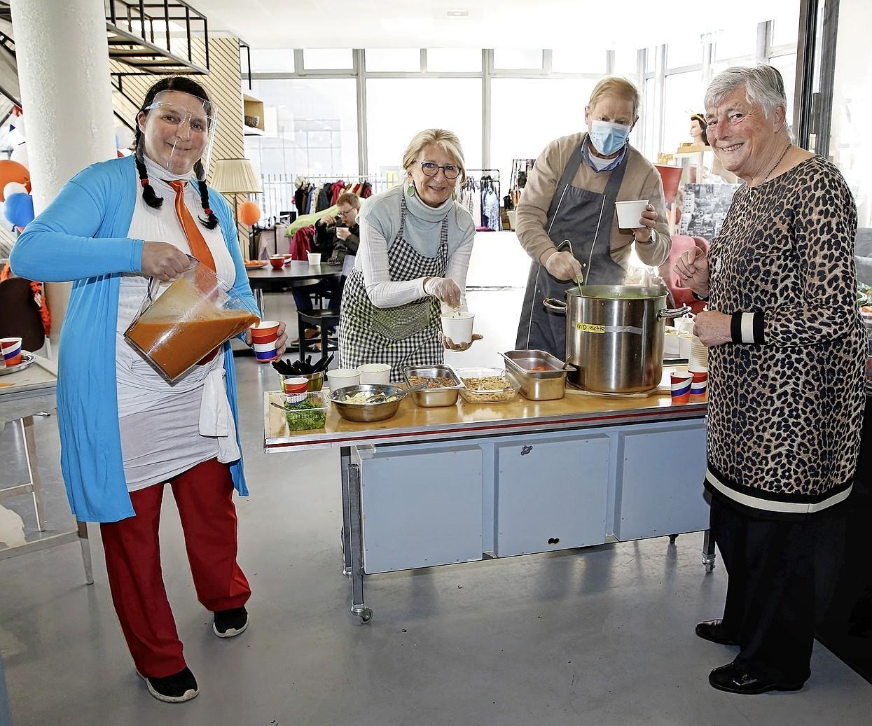 Vrijheidssoep bij Tante Jans: 'Vrijheid is belangrijk en zeker niet vanzelfsprekend'