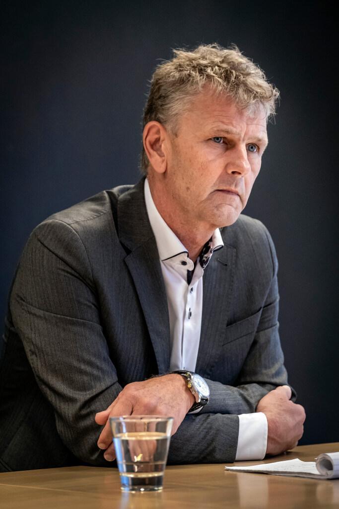 Ook IJmond aan tafel bij overleg over messenverbod. Burgemeester Martijn Smit van Beverwijk: 'In delen van Beverwijk en Heemskerk zijn er incidenten geweest met gewelddadige jeugd'