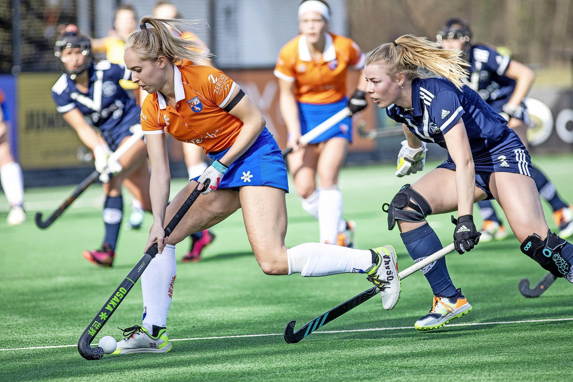 'In het vierde kwart raakten we volledig in de stress', de hockeysters van Bloemendaal spelen met 1-1 gelijk tegen Pinoké