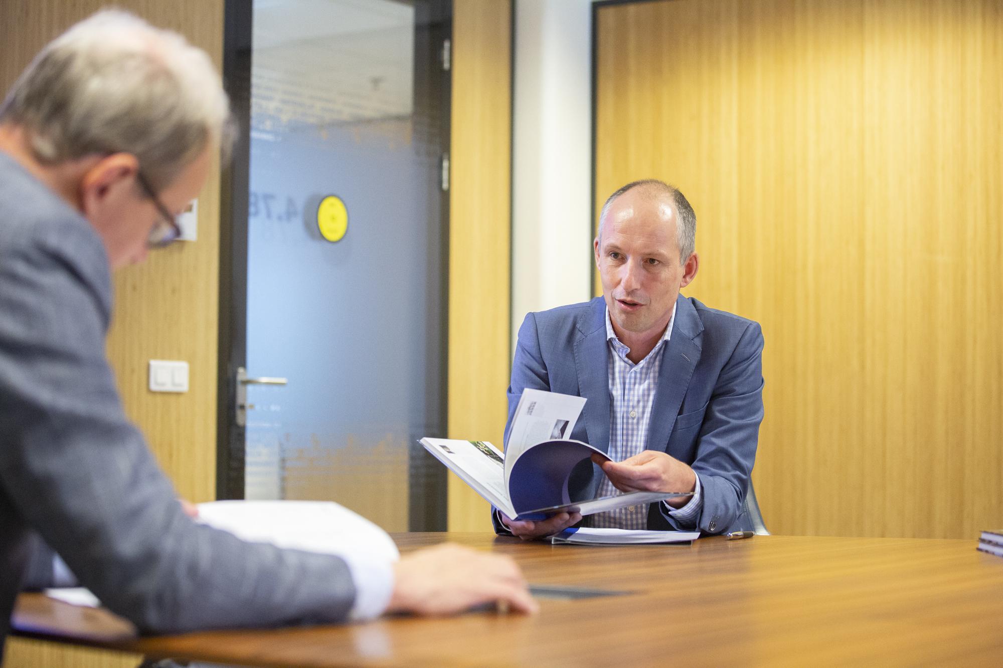 Universiteit en Den Haag tekenen akkoord over nieuwbouw in 'Central Innovation District'