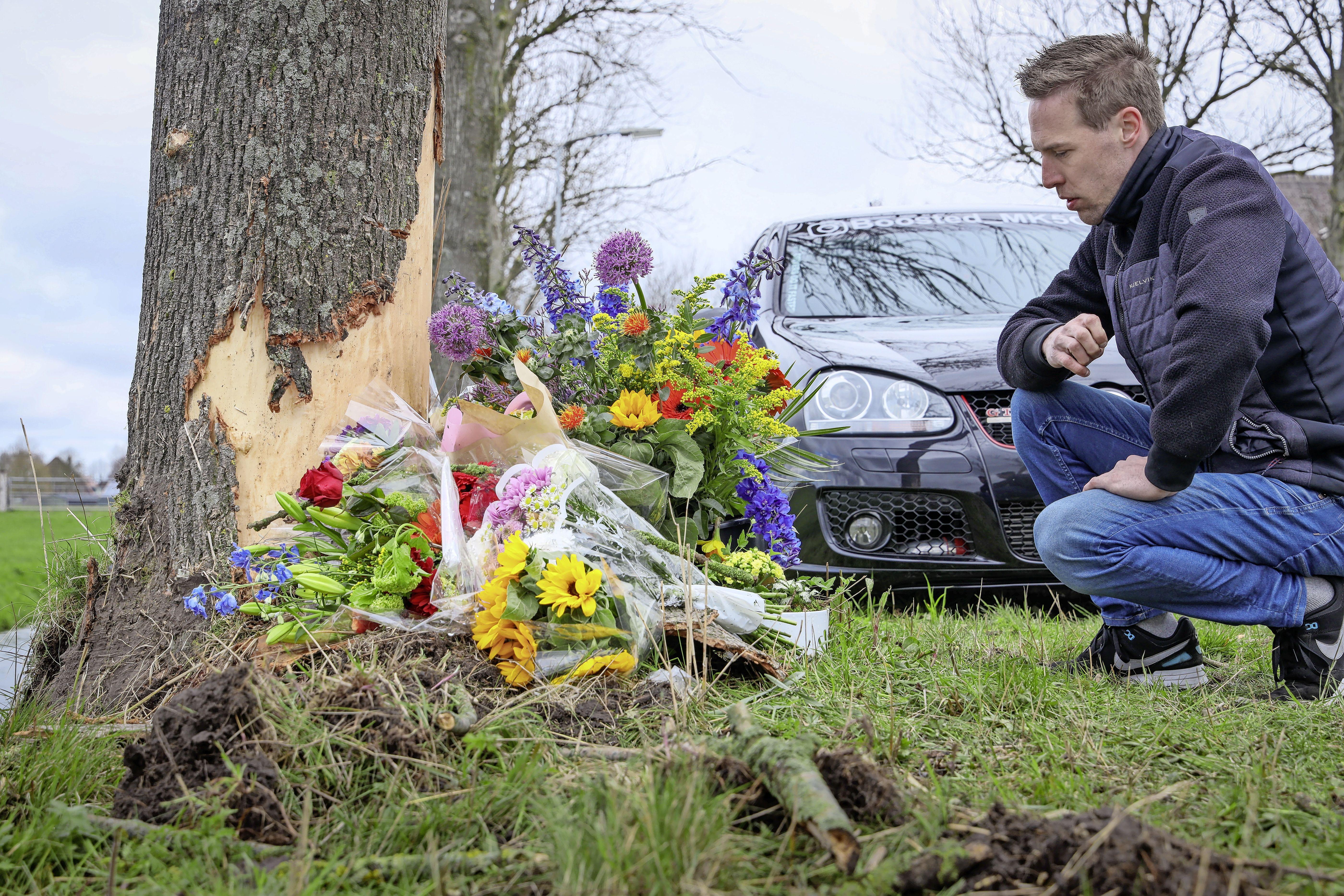 Memorial/Ride Out voor verongelukte Erik Klomp (31) uit Abbekerk: 'De passie voor zijn auto is hem fataal geworden, maar dat kan ons allemaal overkomen'