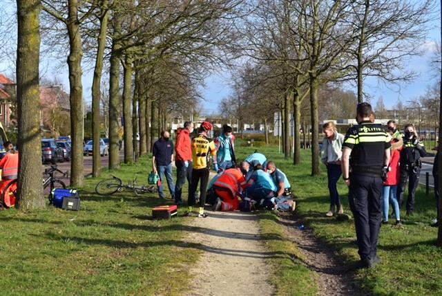 Meisje gewond naar ziekenhuis na val van paard in Voorschoten
