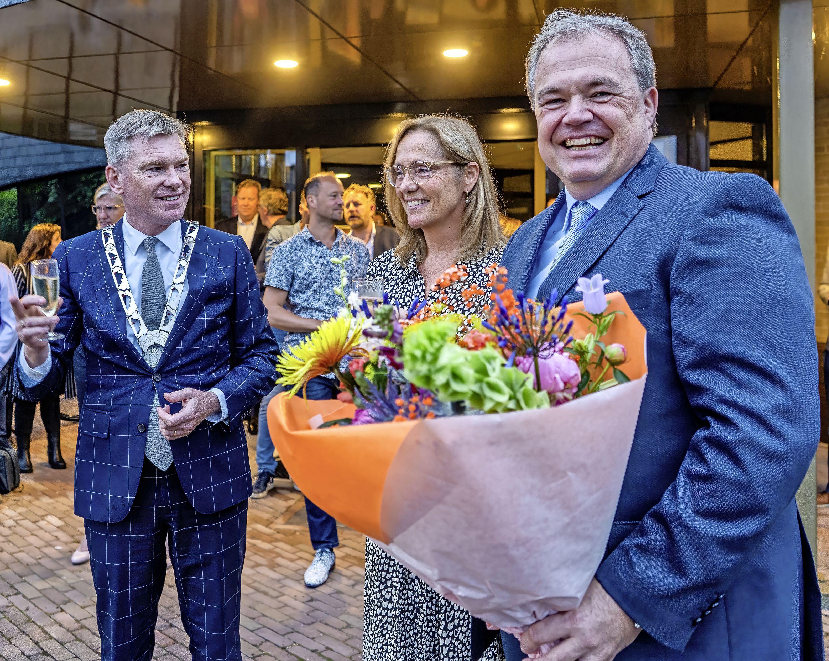 Zodra hij het verlossende telefoontje krijgt, stapt hij in de auto van Naarden naar Schoorl: Lars Voskuil (53) is de nieuwe burgemeester van Bergen [update]