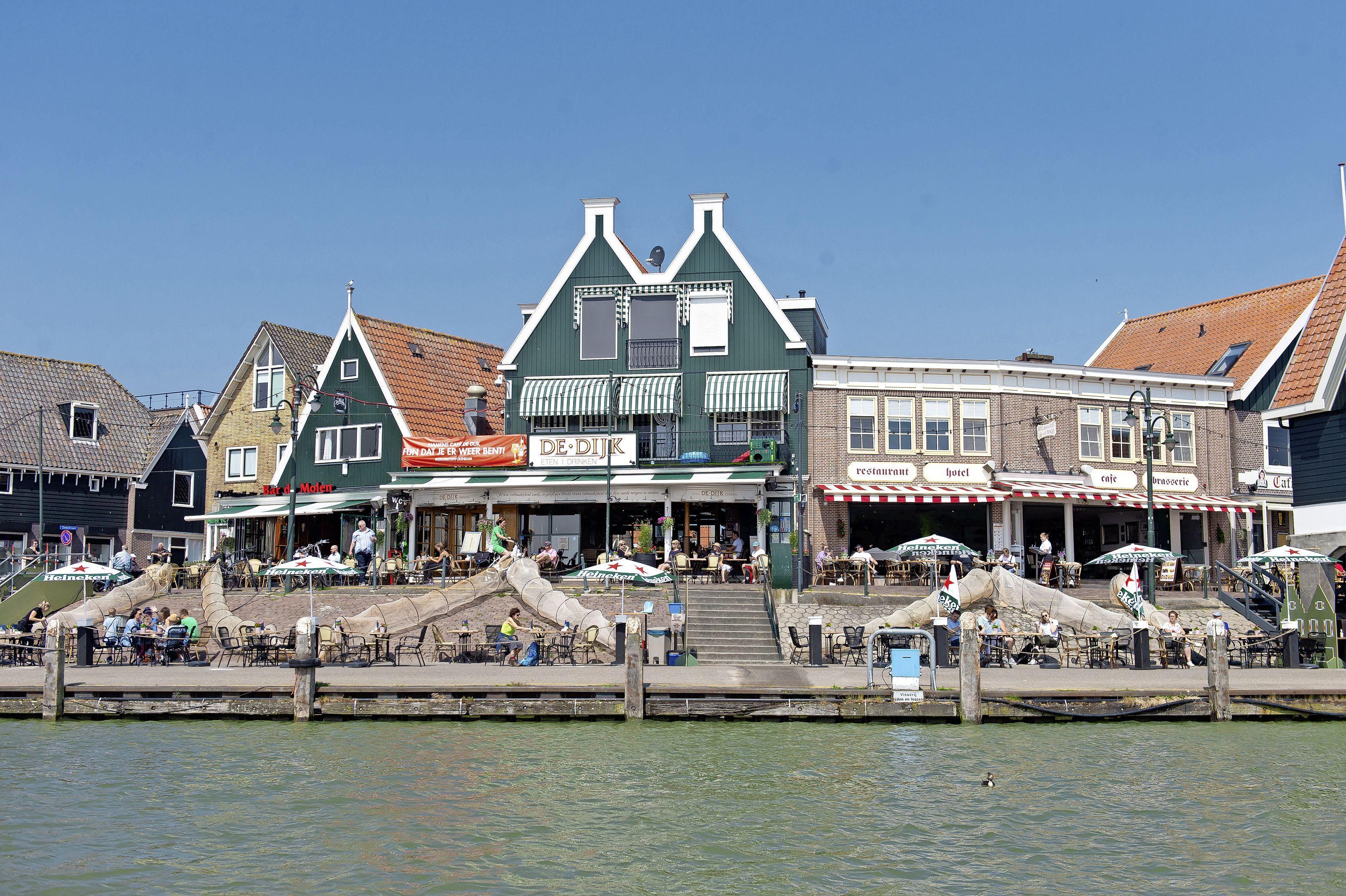 Soepeler terrassenbeleid in Edam-Volendam wordt doorgetrokken tot 2023