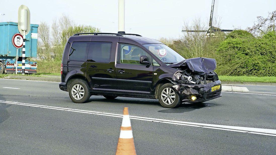 Gewonde bij auto-ongeluk op de N9 in Alkmaar
