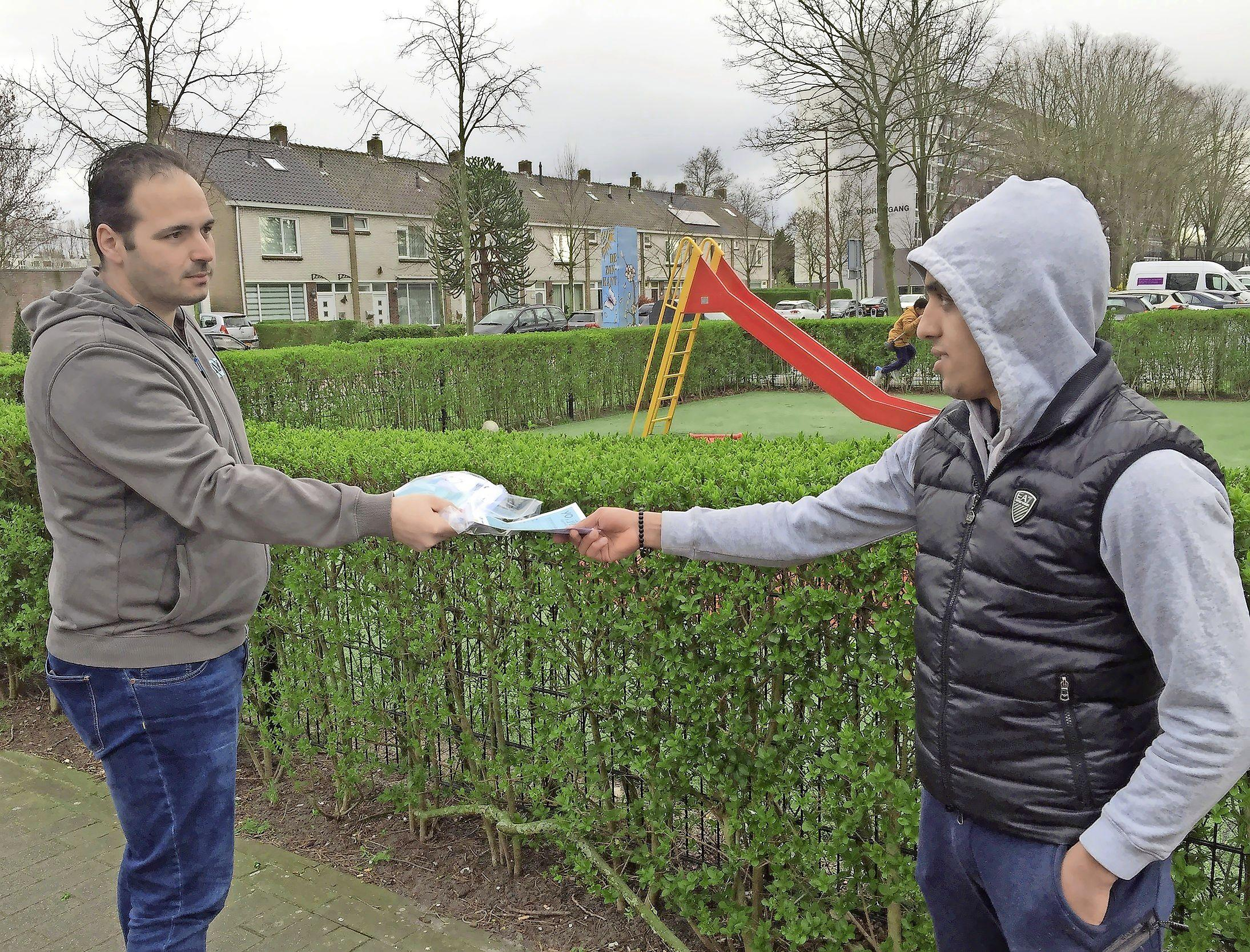 Jongerenwerkers gaan de straat op in Alkmaar