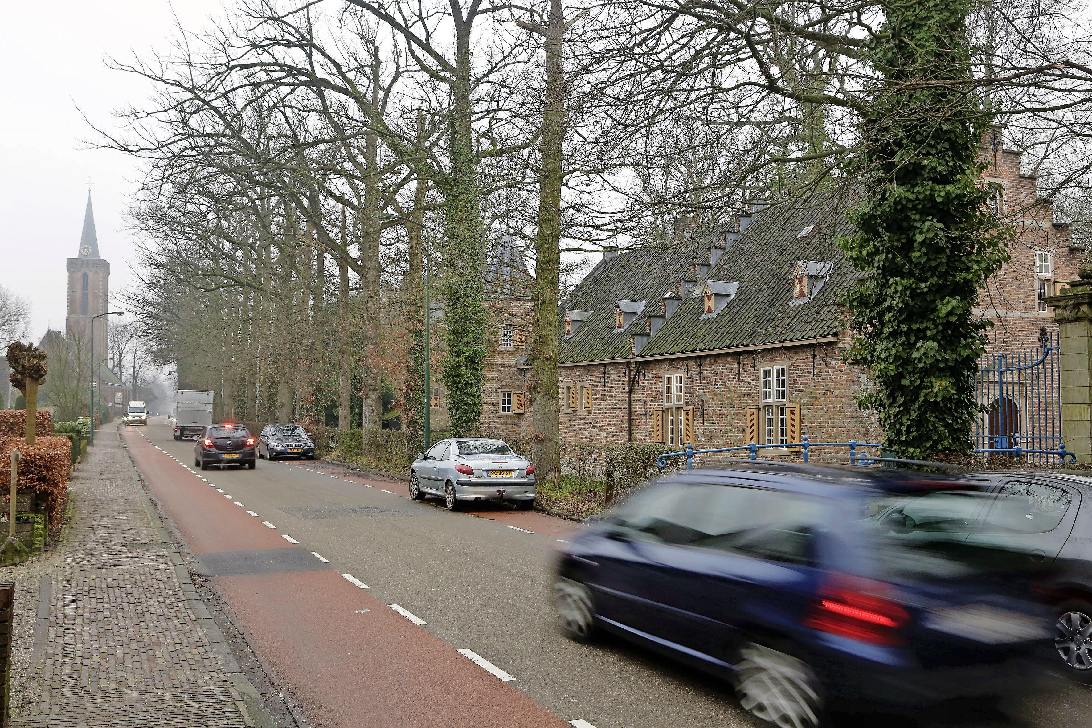 Grote aantal klachten over verkeer groeit Wijdemeren boven het hoofd: Afdeling kan het niet aan, burgers boos