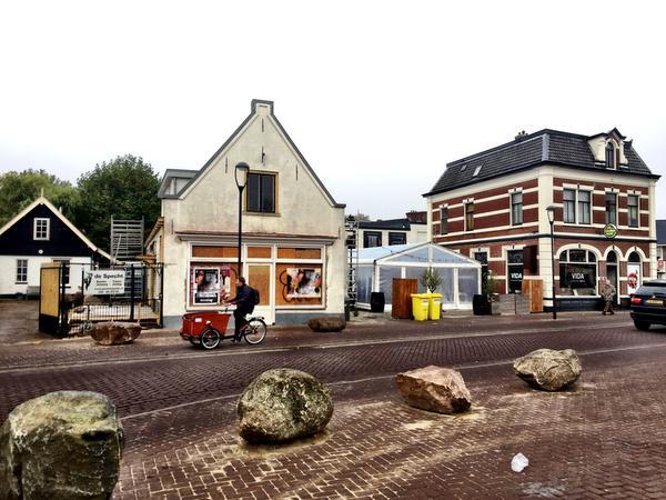 Wijnbar met stadstuin in monument op Hilversumse Groest