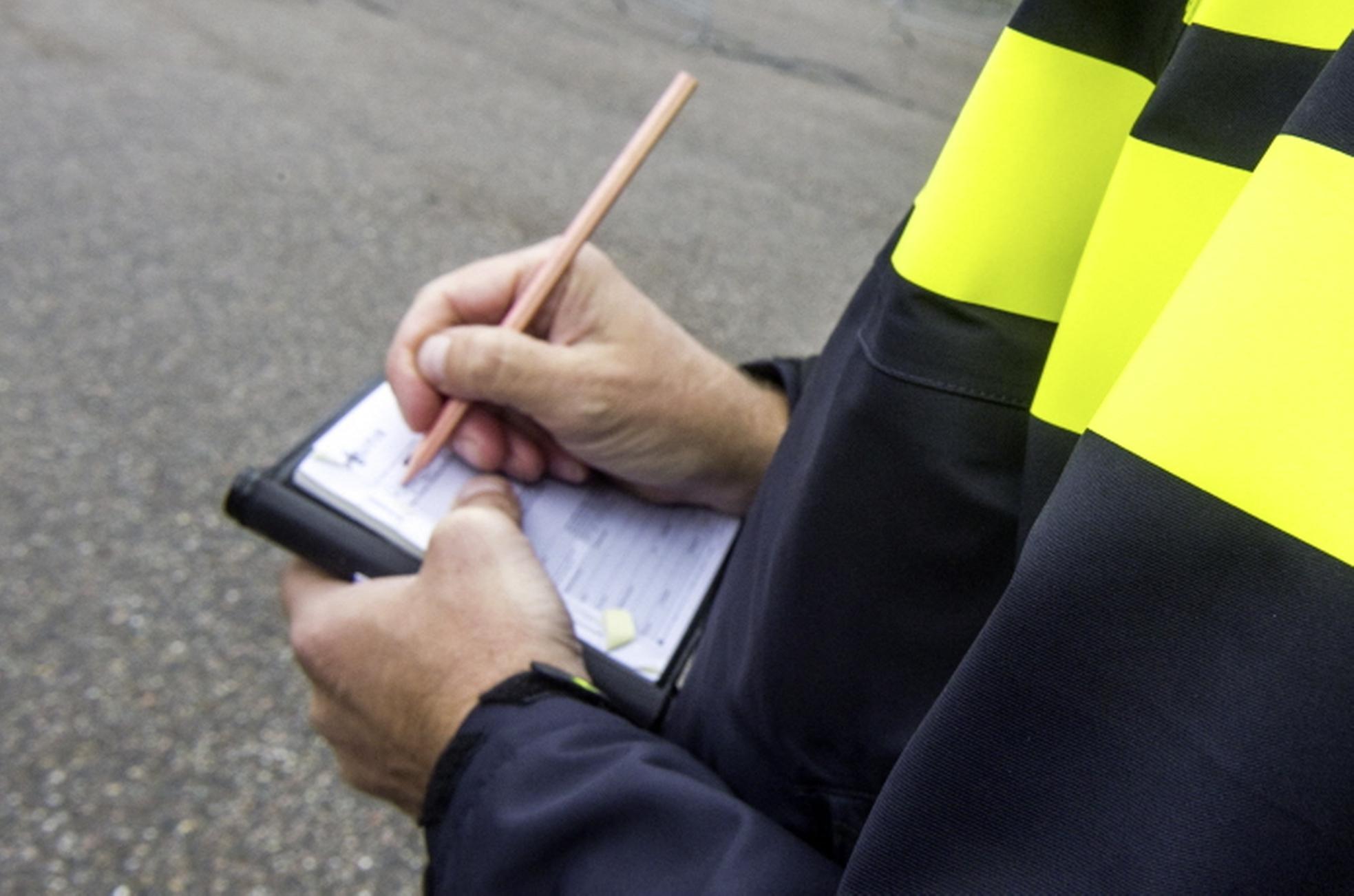 Tot zover deelde politie 882 coronaboetes uit in West-Friesland, overtreden van de avondklok meest voorkomende vergrijp