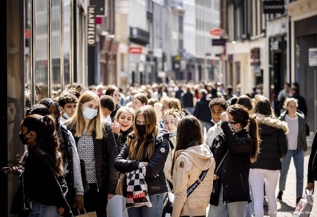 'Veel meer drukte in winkelstraten door versoepeling maatregelen'