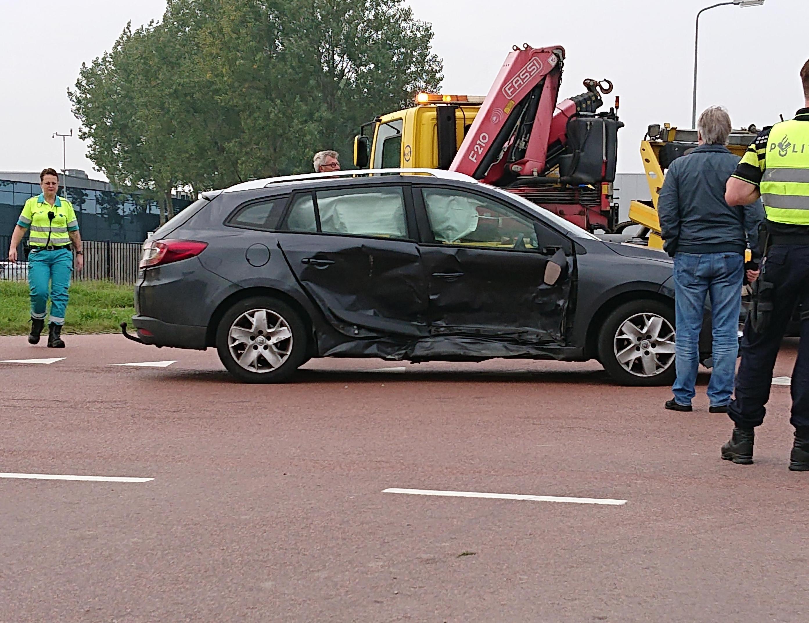 Twee personen gewond bij aanrijding in Zwaagdijk-Oost