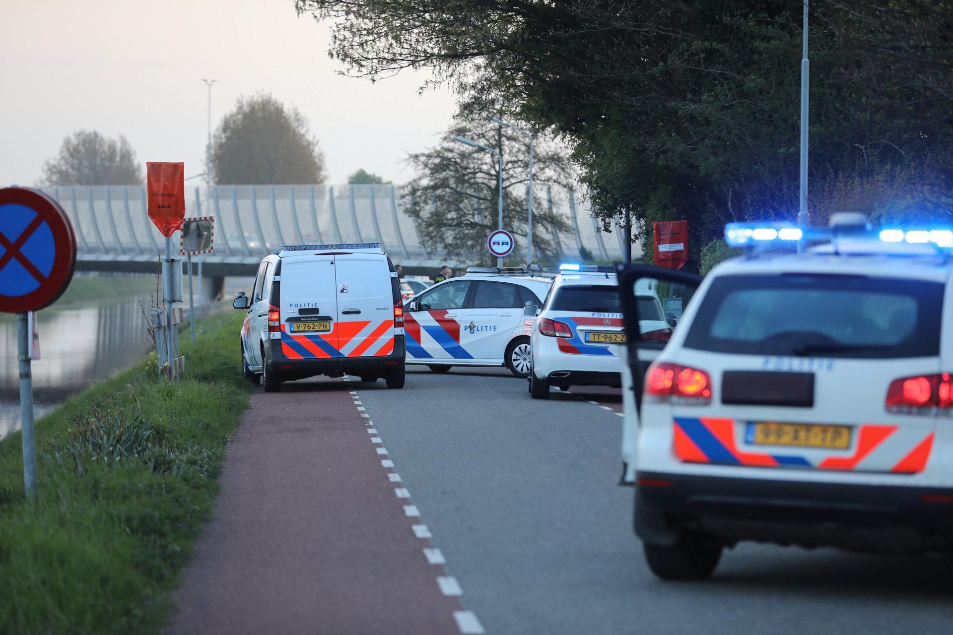 Politie onderzoekt schietpartij op de Hoofdweg in Lijnden