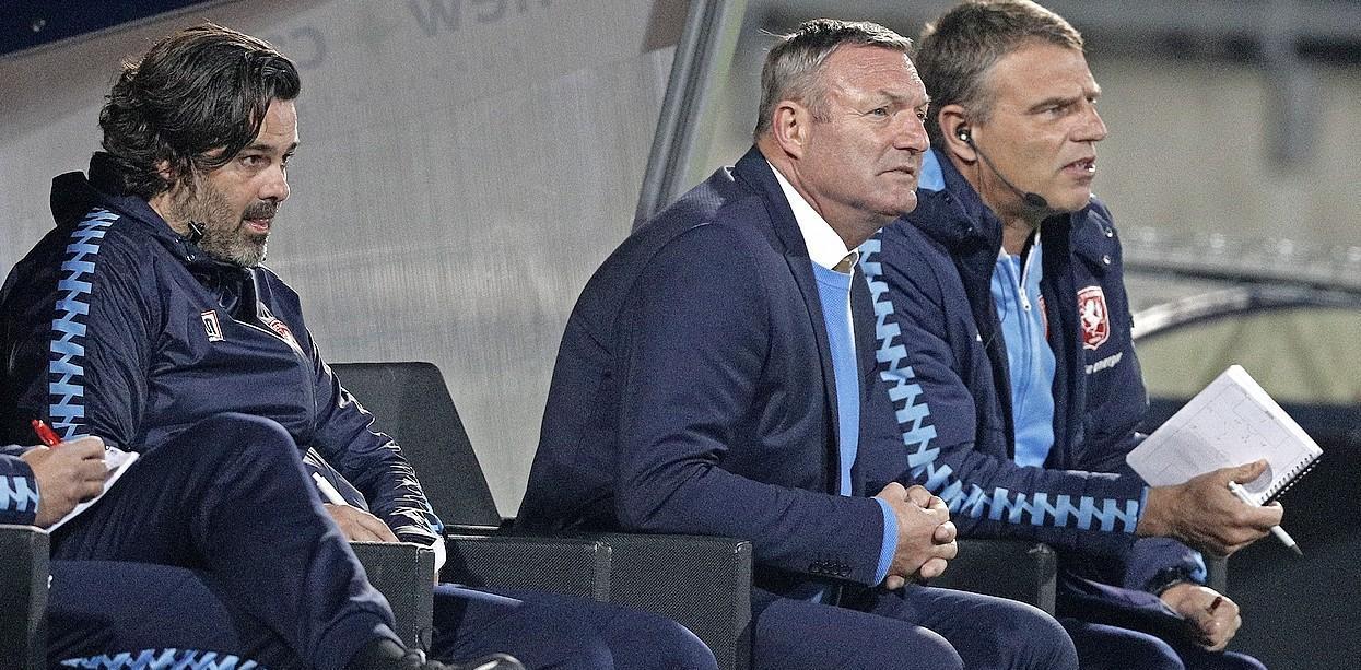 Bussumer Ivar van Dinteren geniet volop bij boven verwachting presterend FC Twente: 'Uiteindelijk wil ik op eigen benen staan, maar dan wil ik ook het verschil kunnen maken'