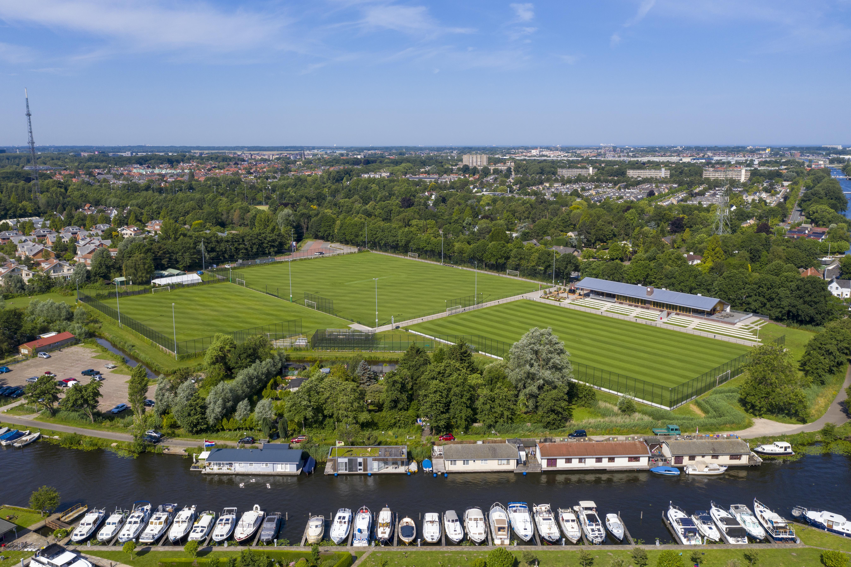 Voetbalclub ASC uit Oegstgeest wint rechtszaak en kan beginnen met aanleg van kunstgras, al is dat nog wel op eigen risico