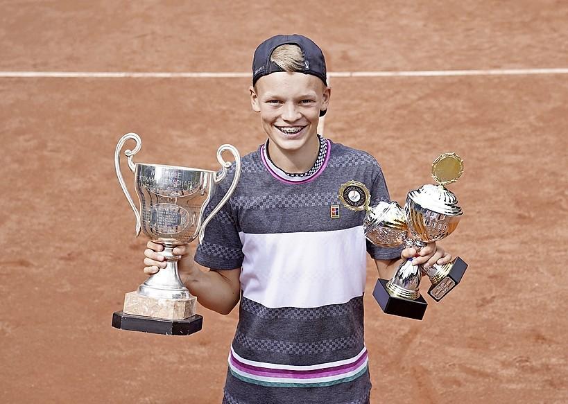 NJK tennis wordt vanaf komende maandag 'gewoon' gespeeld op de banen van het Tulip Tennis Center in Hilversum, organisatie neemt wel extra voorzorgsmaatregelen