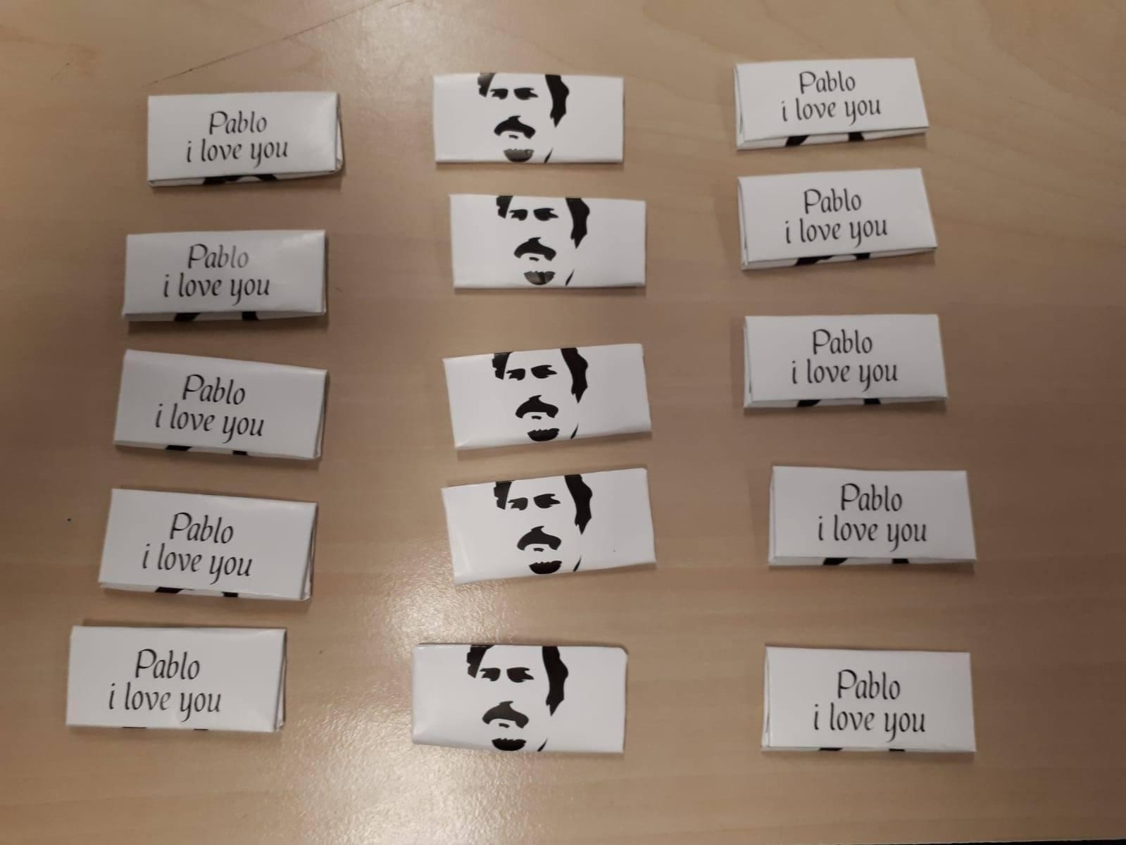 Zaandammer (30) gepakt met vijftien pakjes cocaïne in zijn onderbroek, met portretten van Pablo Escobar