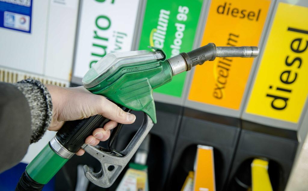 Bezwaarmakers in brief aan gemeenteraad: 'Mordicus tegen komst onbemand tankstation op bedrijfsterrein in Zwaagdijk-Oost'