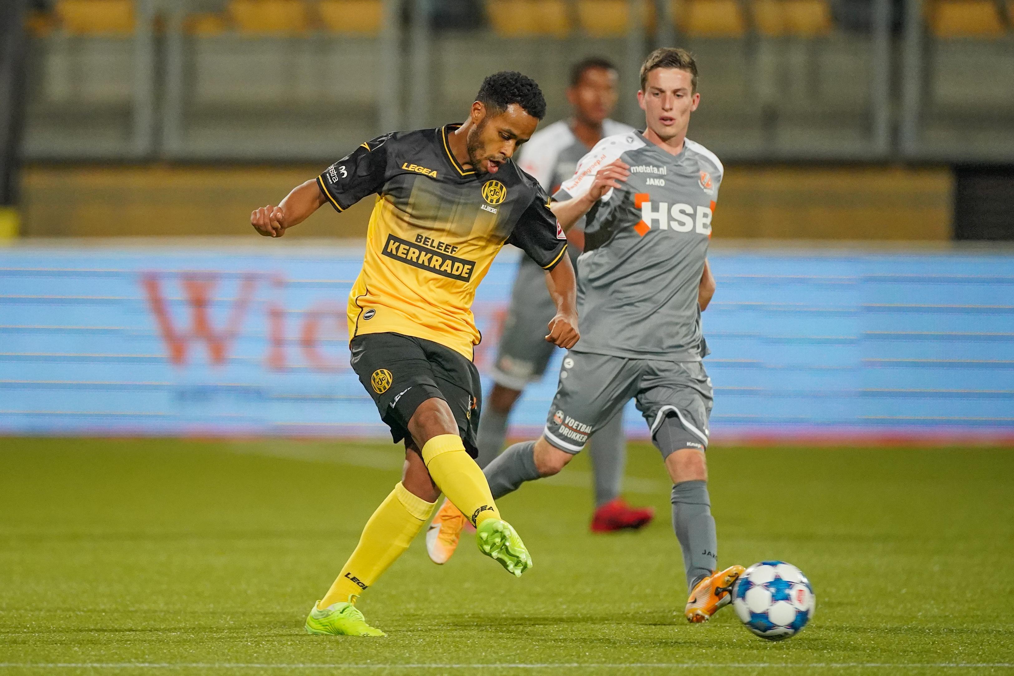 In Hoorn geboren voetballer Roland Alberg gevraagd voor Surinaams elftal: 'Het maakt me hartstikke trots en gelukkig'
