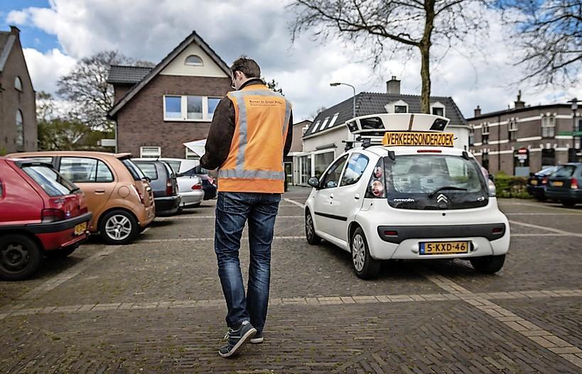 Zaanstad gaat scanauto inzetten bij parkeercontrole