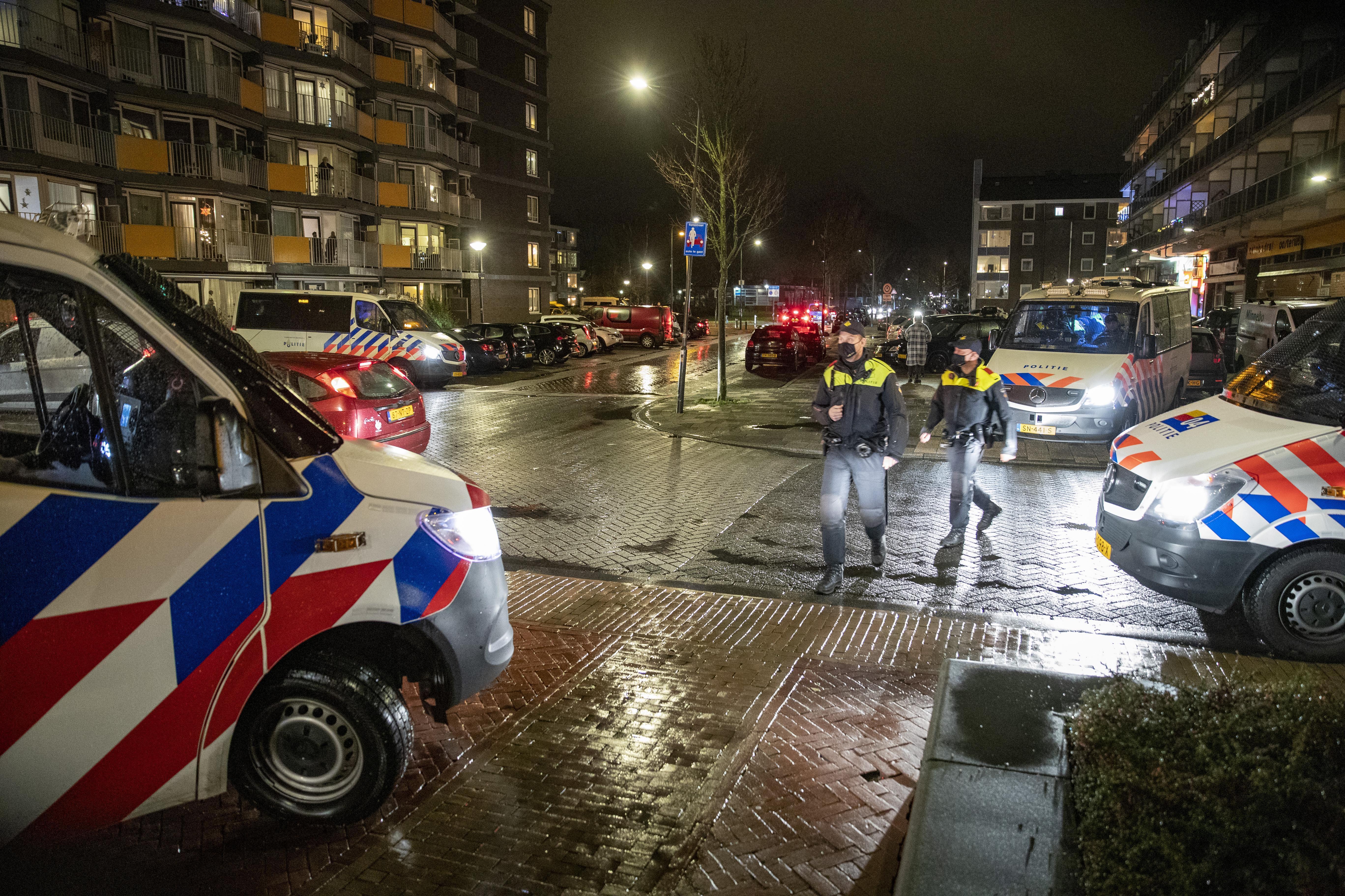De wijk onder curatele van politie in de IJmond: Het werkte. 'Als er incidenten zijn geweest, moet je met een stevig antwoord komen'