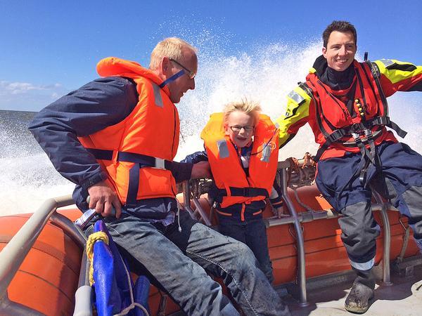 Meevaren op een KNRM-reddingboot