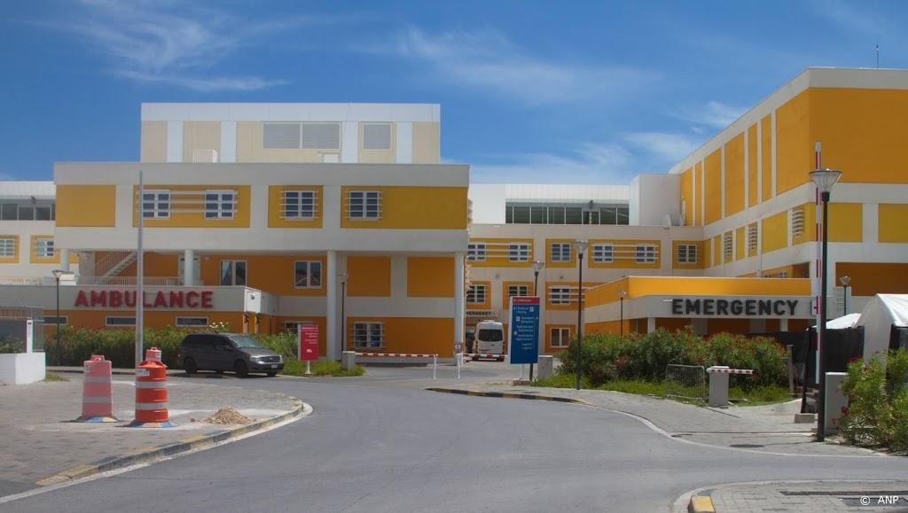 20 Nederlandse artsen en verpleegkundigen vertrekken naar Curaçao