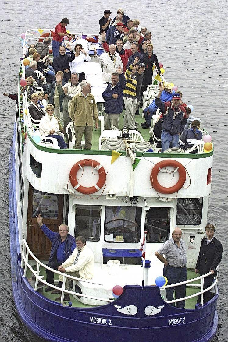 Fietsboot over de Eem gaat zaterdag alsnog in de vaart; Uit solidariteit gewacht op heropening van terrassen