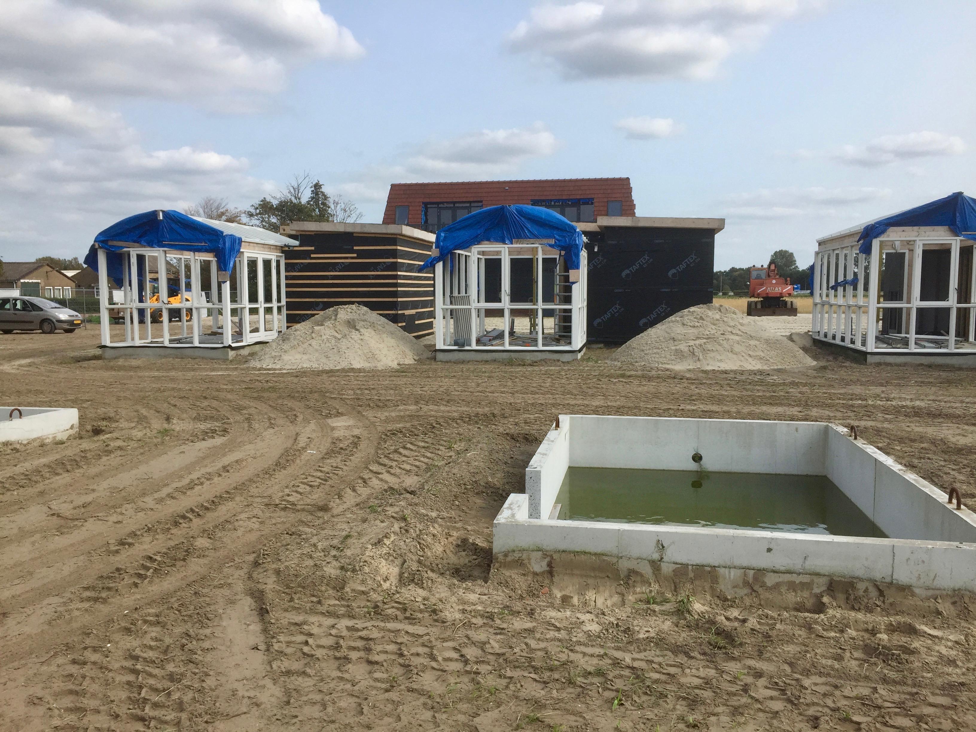 Omwonenden eisen bouwstop recreatiewoningen Heemskerk: vrezen veel meer overlast dan van volkstuinen