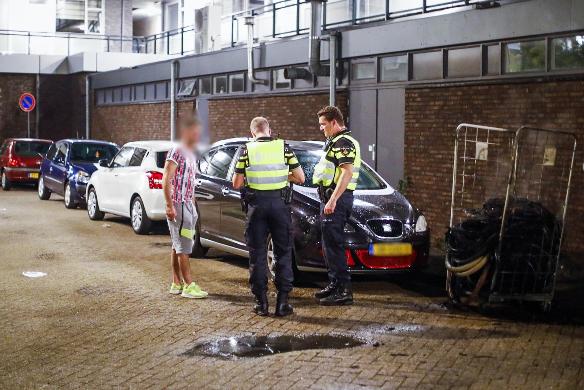 Brandjes gesticht bij Lidl in Haarlem
