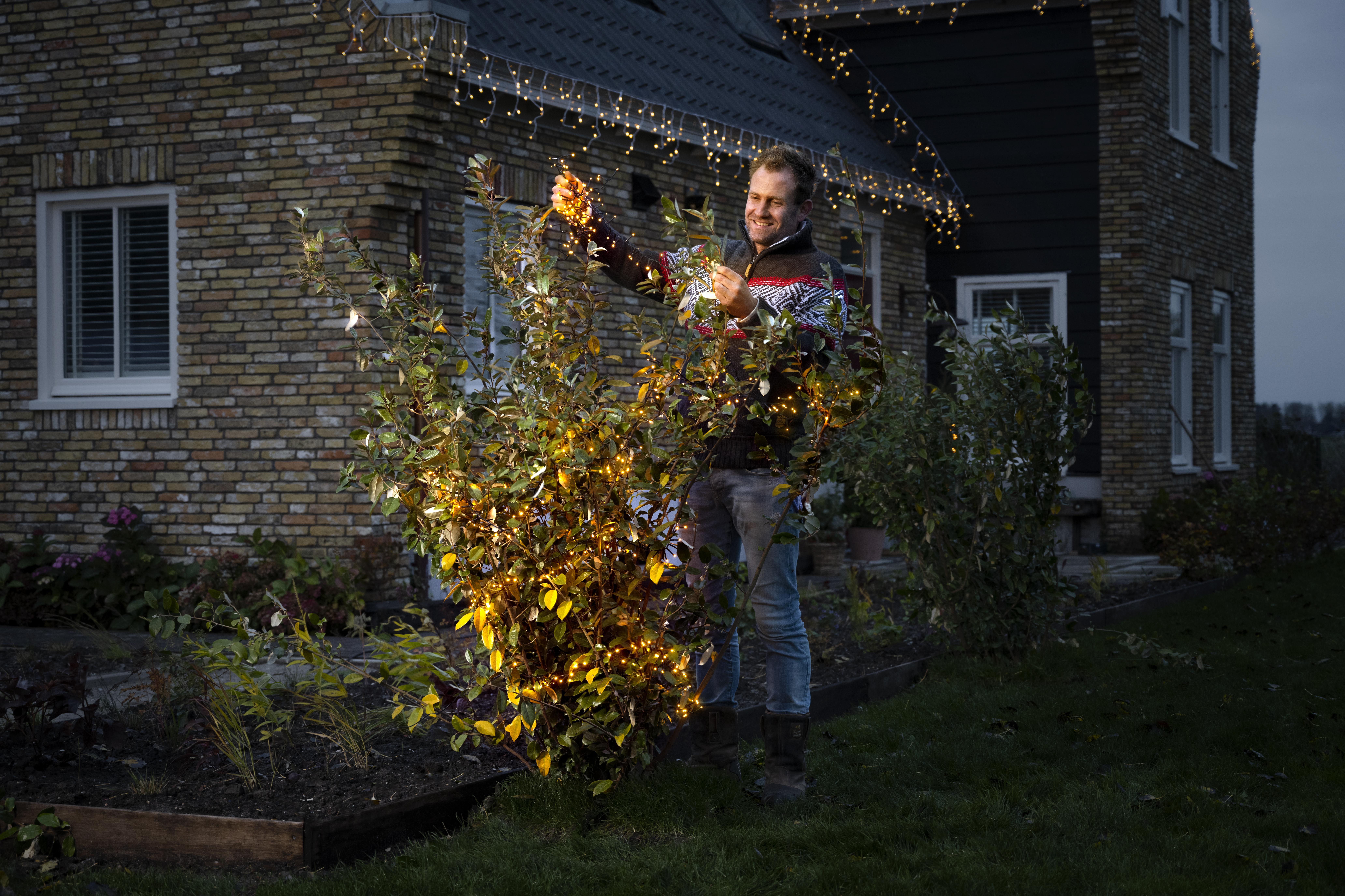 Boer Tom zorgt voor lichtpuntjes in de tuin