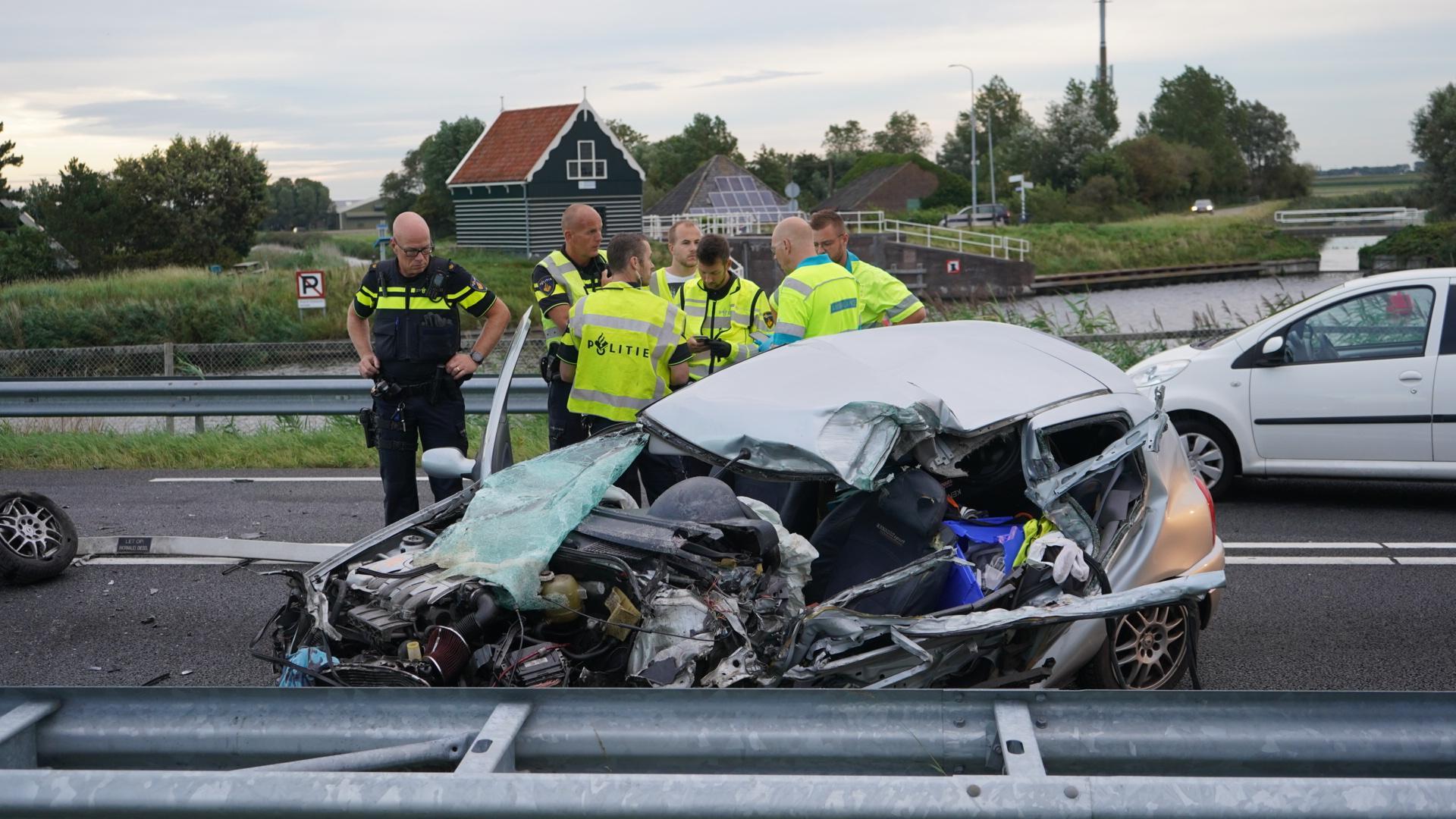 Man (33) uit Julianadorp overleden na frontale botsing op N9 bij Burgerbrug