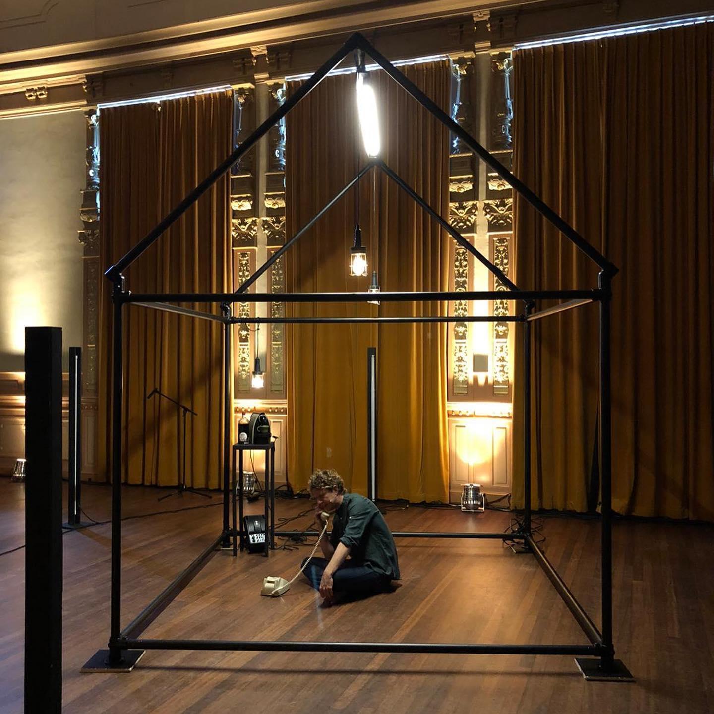 Tweede editie van het Leids theaterfestival 'Wat Nu' verhuist zondag naar buiten