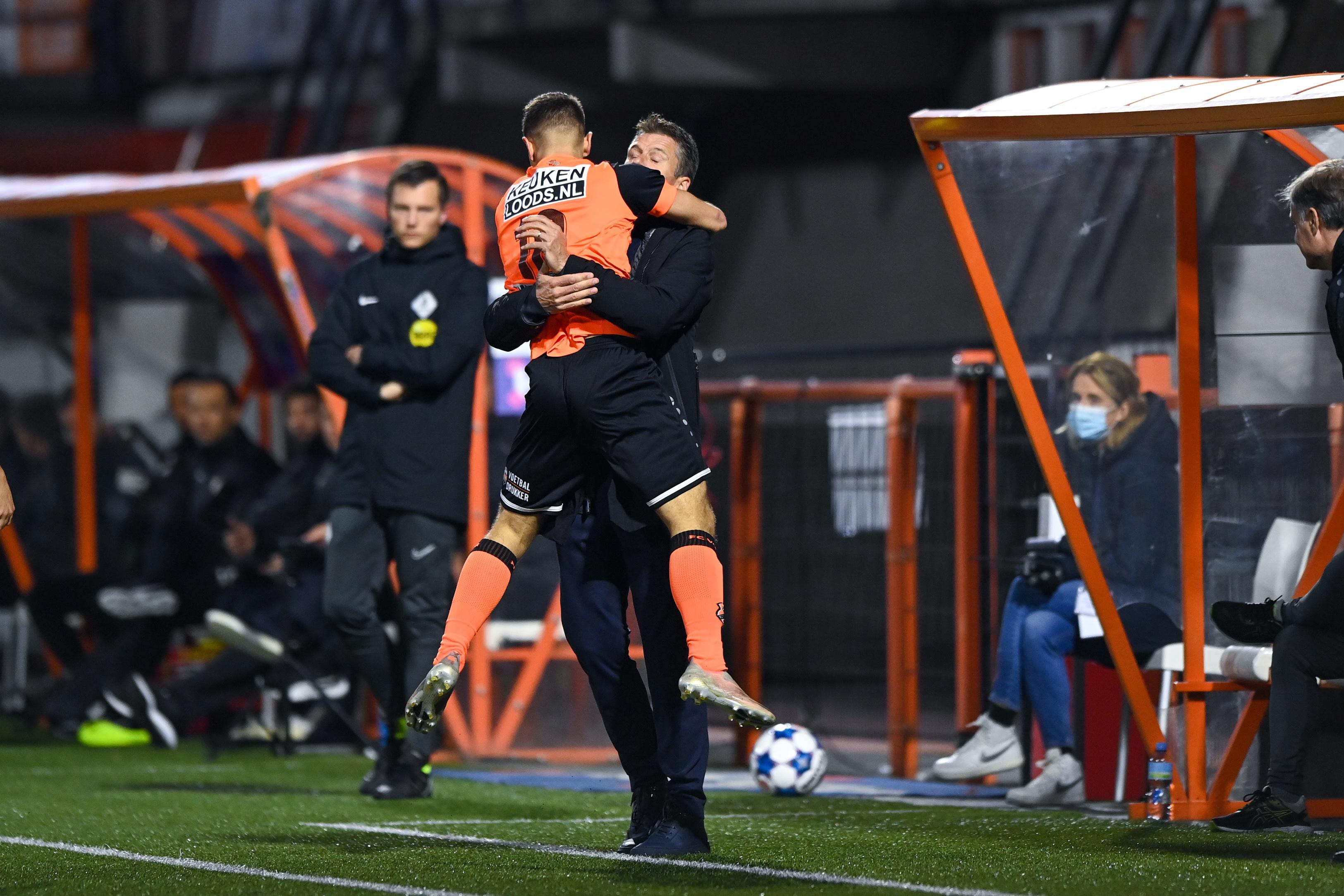 FC Volendam breekt na rust de ban tegen Jong PSV: 5-1