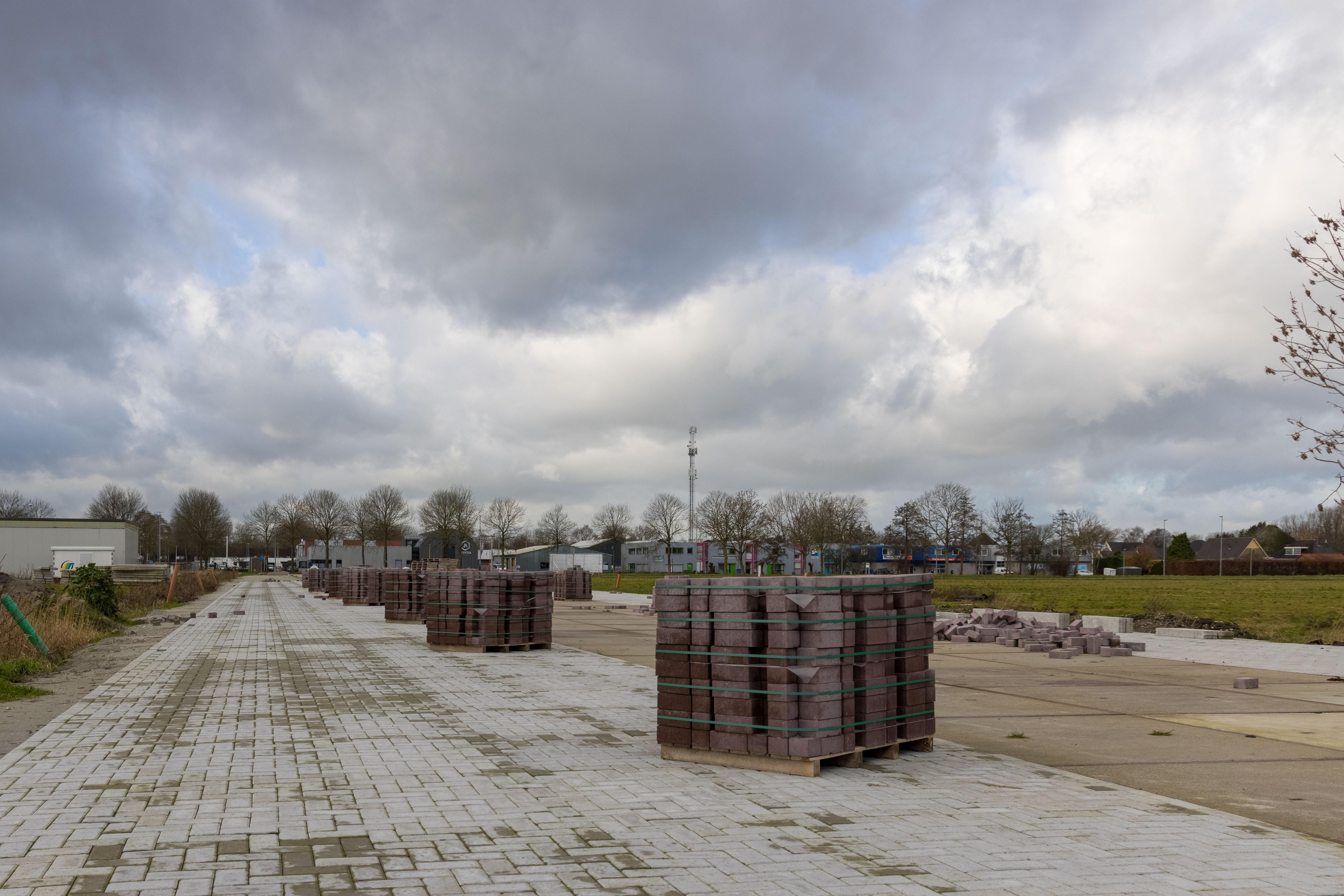 Aanleg tijdelijke parkeerplaatsen voor bezoekers sv Westfriezen in Zwaag hervat
