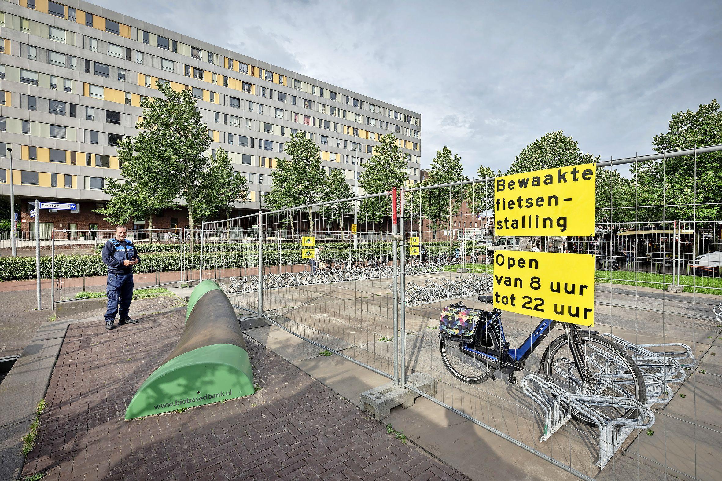 'Is het gratis?' Bewaakte fietsenstalling op Hoofddorps Van Stamplein zeer in trek