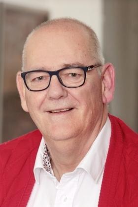 Rob Bruintjes stapt uit Blaricumse gemeenteraad; Na ruim twintig jaar houdt 'langste man' de gemeentepolitiek voor gezien