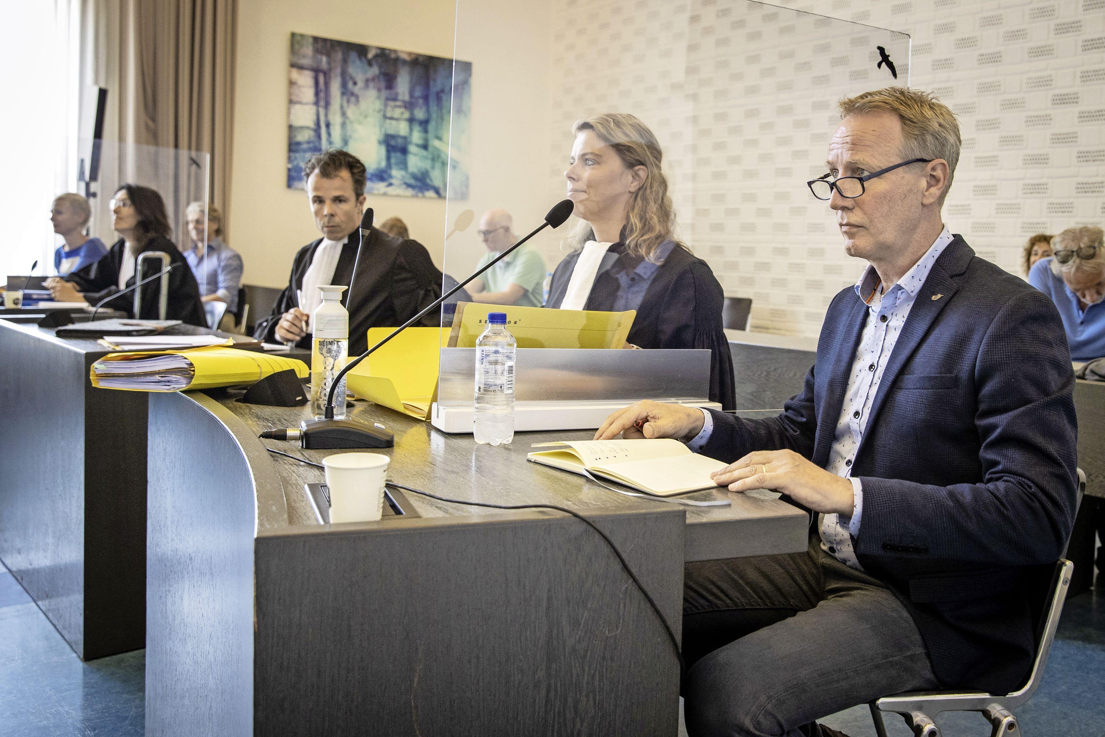 Turncoach Wevers niet naar de Spelen: hof stelt turnbond in het gelijk. Wevers: 'De sport en de sporters zijn de verliezers'