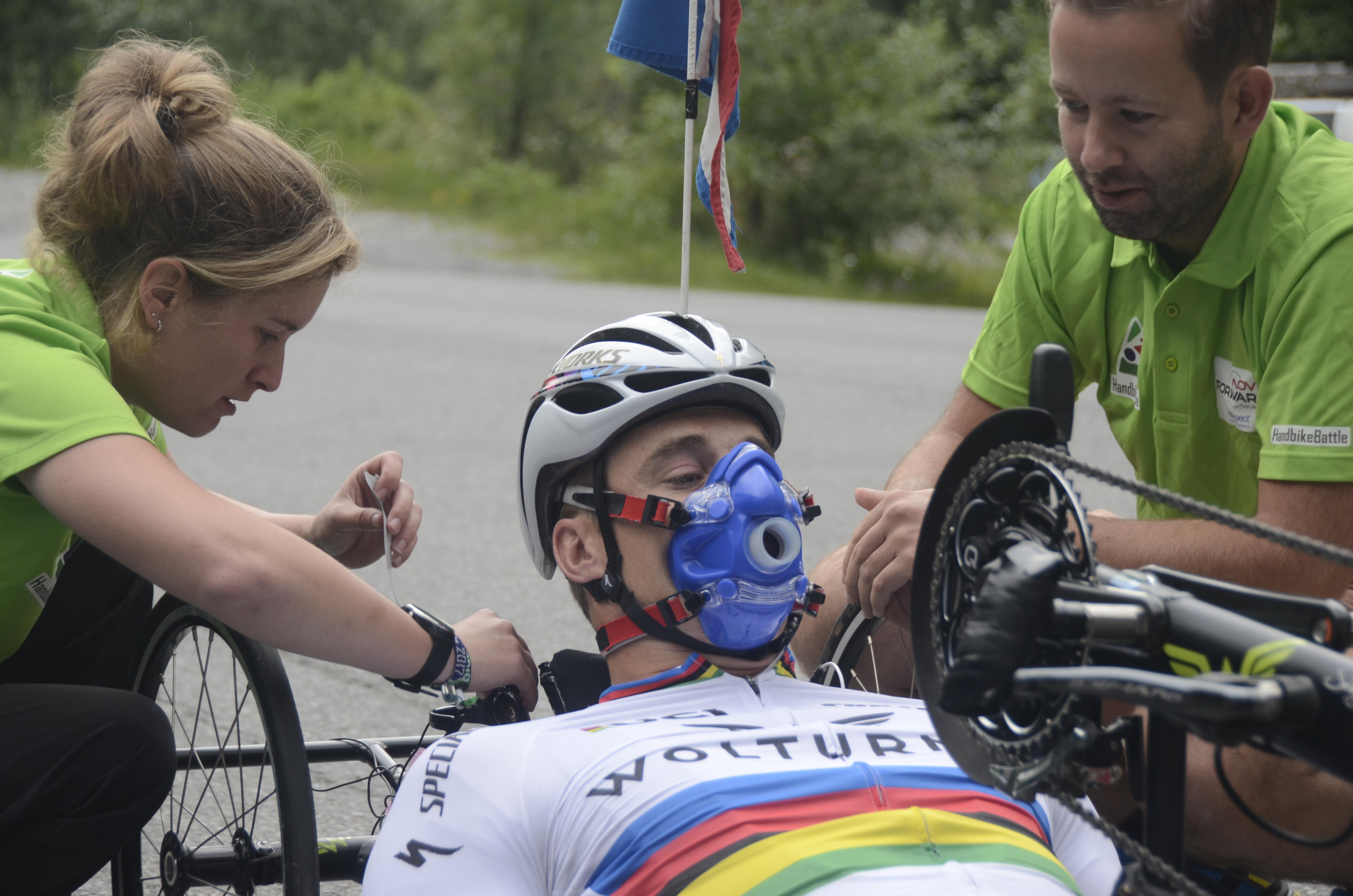 Alpe d'HuZes voor rolstoelers: Fitter, gezonder en gelukkiger door deelname aan Handbike Battle