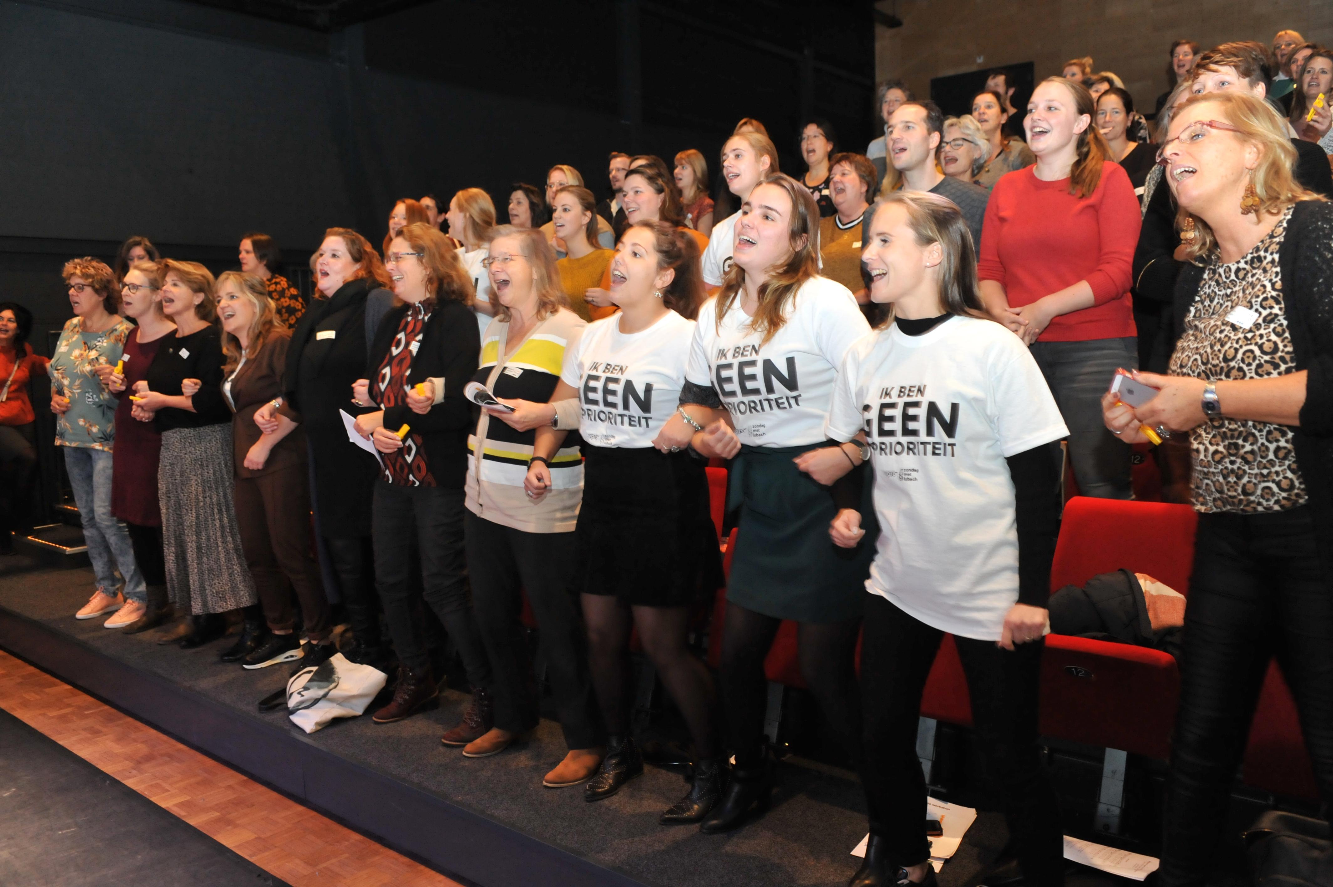 Docenten middelbare scholen in IJmond solidair met collega's: 'Lesgeven op basisschool is echt zwaarder'